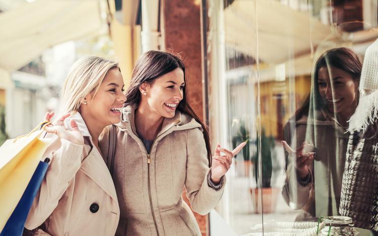 """Resenha do artigo """"Como comprar a felicidade"""" - Gustavo Cerbasi"""