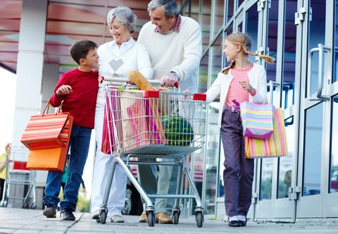 Consumidores no mercado