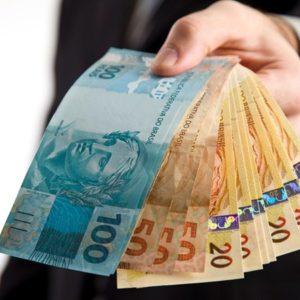 Como pequenas e médias empresas devem renegociar empréstimos para o 13º 5