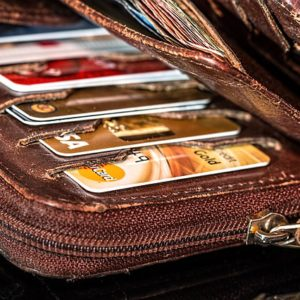 O consumidor deve receber ajuda para controlar as dívidas 1