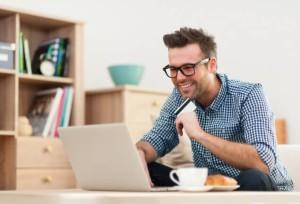 Vantagens e cuidados ao fazer um empréstimo online