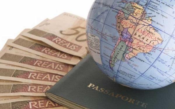 Vale a pena pedir um empréstimo para viajar?